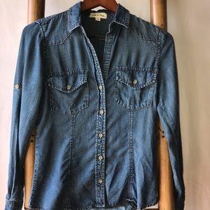 cloth & stone Tops - Cloth & Stone Button Down Long Sleeve XS Denim Top